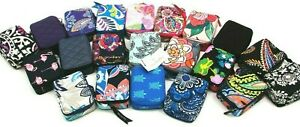 Vera Bradley Travel Pill Case Box Organizer 7-Day Week Pengiuns Nomadic Floral
