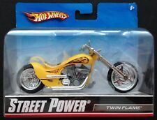 Hot Wheels STREET POWER 1/18 Diecast Motorcycle/Bike: TWIN FLAME (#R1085; 2009).