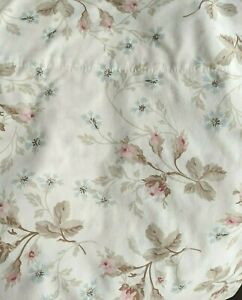 """Simply Shabby Chic Pink Floral Balloon Shade Tea Roses 60"""" x 63"""""""