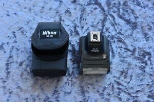 Nikon Speedlight SB-400 Shoe Mount Flash for Nikon (with case)