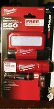 Milwaukee Flood Light Work 550 Lumens LED Rechargeable Pivoting Free USB Battery