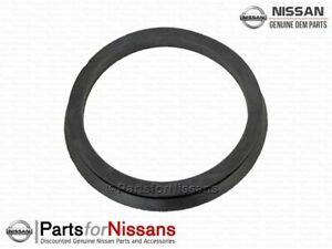 Genuine Nissan Frontier Hardbody 2.4 Lower Air Cleaner Seal - NEW OEM