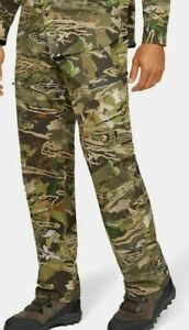 Under Armour ArmourVent No Fly Zone Men Forest Camo Field Cargo Pants Size 30/30