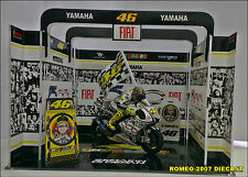 1:12 Pit Box Garage Diorama Valentino Rossi Laguna Seca 2010 to minichamps RARE