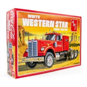 AMT 1160 White Western Star Semi Tractor (Coca Cola) 1:25 Scale Model Kit AMT