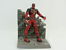 Marvel Diamond Select Action Figure Deadpool + Weapons Arsenal