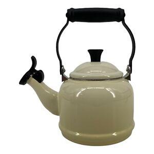 Le Creuset 1.25 Qt. Demi Whistling Tea Kettle Ombre Meringue