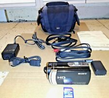Sony HDR-CX190 HandyCam Camcorder w/SanDisk SDHC Card~Lowepro Case~Manual~More