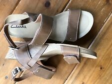 Clarks Shoes 9.5 Women's Tan Leather Sandal Worn Once