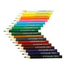 Crayons de couleur de bureau bleues
