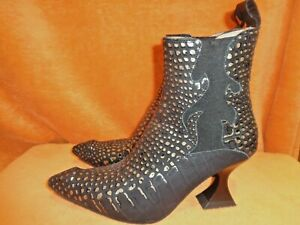 "John Fluevog, Black & Gold ""Aspasia Flamed Chelsea"" Ankle Boots, Size 7.5 US"