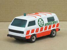"VW T3 Transporter in weiß/rot ""Ambulance"", ohne OVP, Matchbox, 1:62"