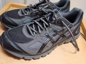 ASICS NEW Gel Scram Running  Size 9.5 T2J1N Gray Black 43