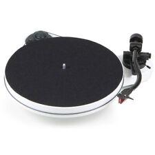 Pro-Ject RPM 1 Carbon Plattenspieler Weiss incl. Ortofon 2M Red