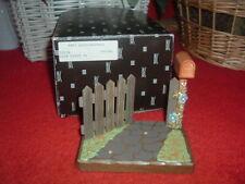 Anri Mailbox & Fence Club Wood Carved Display, New, Mint, w/Original Box