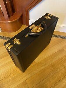 Stunning Louis Vuitton Genuine Vintage President Briefcase  - Black