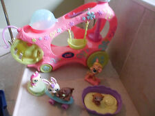 LITTLEST PET SHOP PLAY MOBILE  PLAYGROUND ON WHEELS W 5 PETS,BED,SKATEBOARD