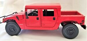 JOHNNY LIGHTNING CANDYAPPLE RED HUMMER 1:24 SCALE DIECAST RARE!!! NEW in BOX