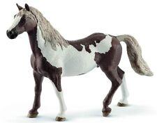 - SHL13885 - Figurine de l'univers des chevaux - Hongre Paint Horse -