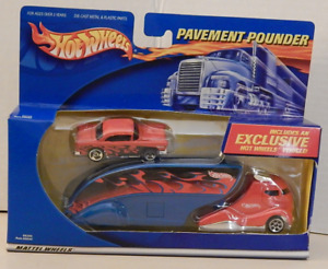 Hot Wheels Pavement Pounder Semi Transporter Shoebox 1949 Ford Sedan
