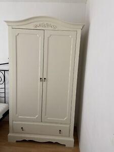 kleiderschrank vintage weiß