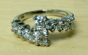 925 Sterling Silver Simulated Diamond Band Ring Size 7