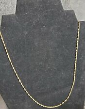 10kt goldTwisted chain,1.7 gms, 20in.
