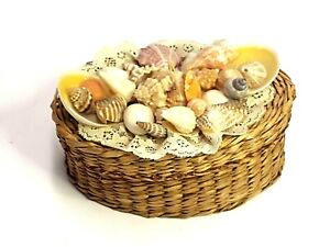 """HANDMADE SEASHELL BASKET W/LACE AND LID 5"""" LONG X 3.5"""" WIDE X 2.75"""" TALL OCEAN"""