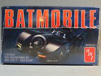 AMT BATMOBILE MODEL CAR KIT 1:25 Scale plastic Skill Level 2 Batman AMT935 NEW