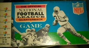 The Official National Football League Quarterback Game complete w/pieces  VTG