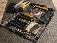 ASUS X79 Deluxe LGA 2011 Intel Scheda Madre 12X SATA 3-Way SLI PCI-E 3.0 WIFI AC