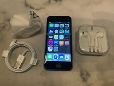 Apple iPod touch 5th Generation Silver/Black (16 GB) with Accessories