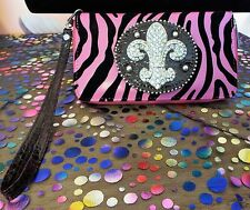 HOT PINK BLACK ZEBRA STRIPE FLEUR DE LIZ WISTLET WALLET WITH RHINESTONES. NWOT