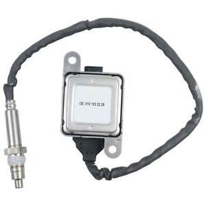 Nitrogen Oxide (NOx) Sensor 0101532228 for Freightliner Mercedes Detroit Diesel