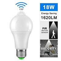 LED PIR Sensor Bulb Twilight at Dawn Bulb Day Night Light Motion Sensor Lamp