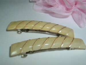 PAIR CREME PEARLIZED AND GOLDEN WIRE HAIR BARRETTES IN GIFT BOX