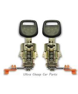 Door Locks Daihatsu Charade 03/1993 to 09/1998 New Pair + 2 Keys