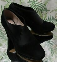 CLARKS BLACK SUEDE LEATHER LOAFERS SLIP ON BUSINESS DRESS SHOES US WOMENS SZ 6 M