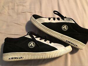 Rare AIRWALK The ONE Skateboarding Shoes Size 10 Black / White VTG