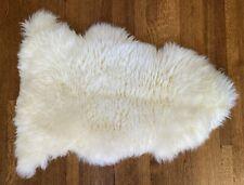Pottery BarnSingle-Pelt Sheepskin Rug - Ivory- Retail $99!