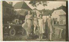 PHOTO ANCIENNE - VINTAGE SNAPSHOT - VOITURE TACOT FILLE VILLAGE - OLD CAR GIRL
