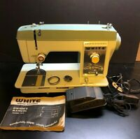 Vintage White Model 915 Sewing Machine With Foot Pedal And Owners Manual