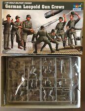 TRUMPETER 00406 - GERMAN LEOPOLD GUN CREW - 1/35 PLASTIC KIT NUOVO