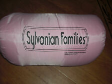 BNWT GIRLS SYLVANIAN FAMILIES SLEEPING BAG PLUS PILLOW ATTACHED FOR SLEEPOVERS.