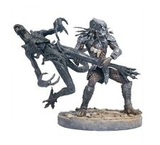 Mcfarlane AVP Series 2 Celtic Predator Throws Alien playset figure NEW