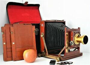 LOVELY MAHOGANY & BRASS 1/2 PLATE CAMERA OUTFIT + 2 DDS .HOUGHTONS LTD c1905