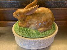 Vintage Fitz Floyd bunny rabbit their take on Majolica 1.5pint casserole Box