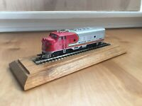 Ho Scale Bachmann Santa Fe Engine Train #307 Selling As-Is For Parts Or Repair