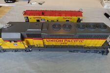 Lionel, Union Pacific Railroad 8376, w 9368 Caboose, display item