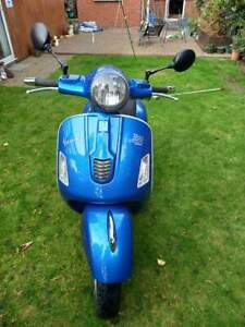 Vespa GTS 300 Super 2015 Blue Readspeed Special Sport lots for extras